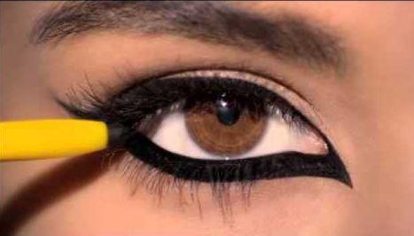 Kajal-Eyeliner.jpg